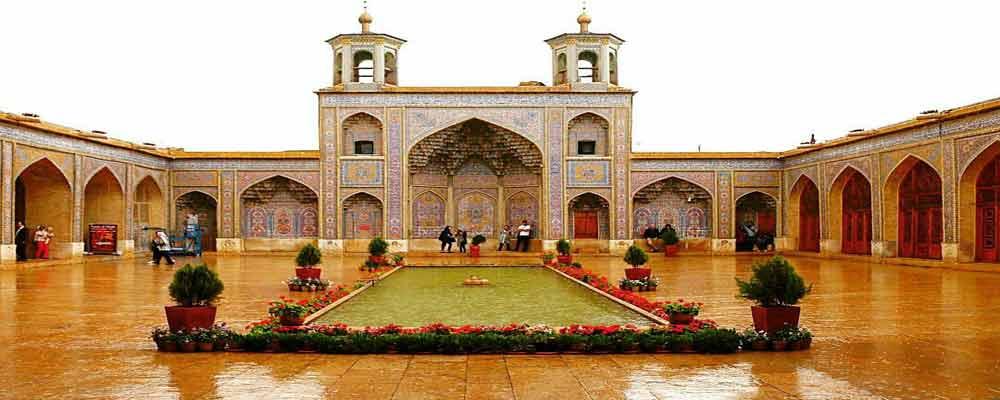 Nasir al Mulk  Mosque or Pink Mosque