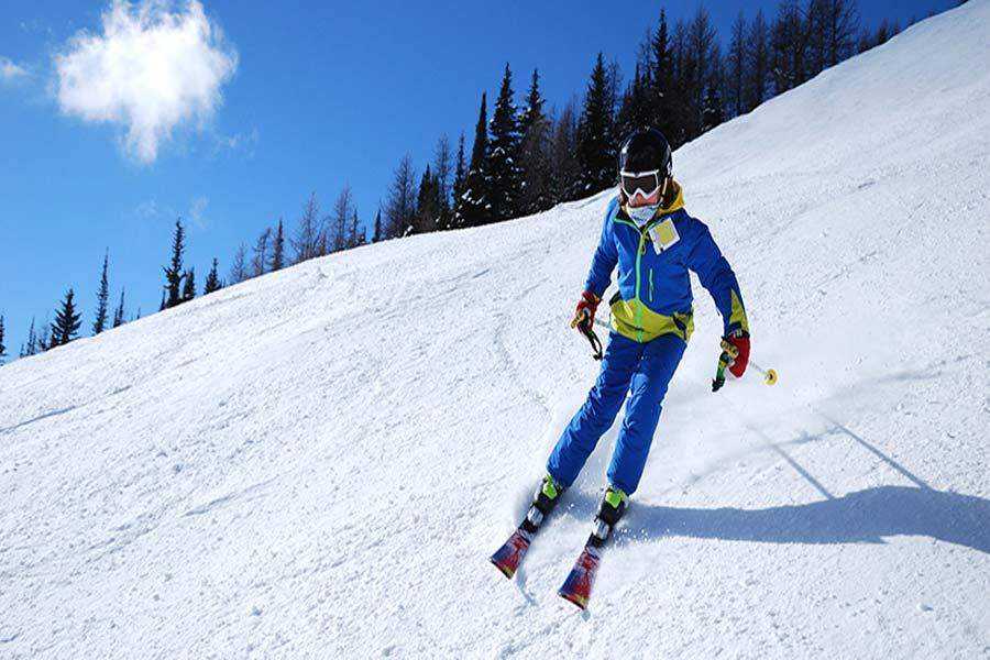 Dizin Skiing Tour