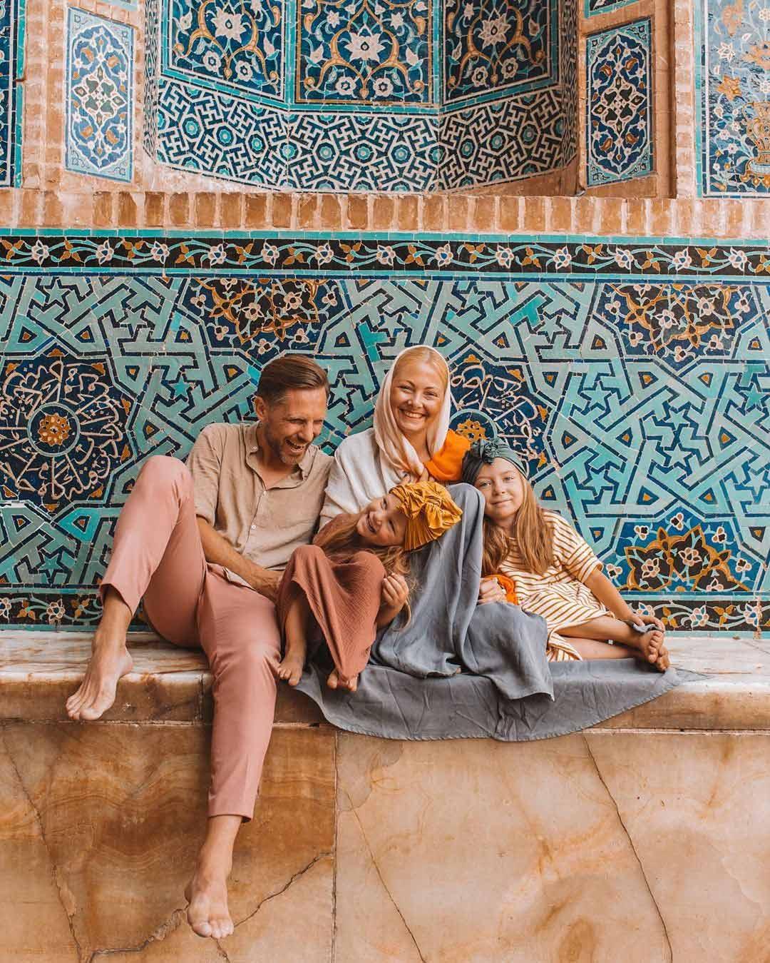 Iran Family Tour . Inbound Persia Tour and Travel Agency