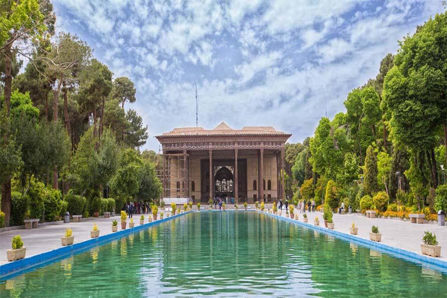 Chehel Setoon Garden ,Isfahan Iran